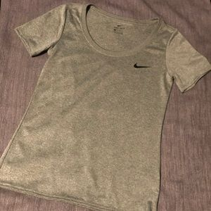 Small Nike drift top